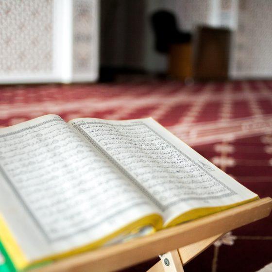 afiq pilus xblw4PBIlAk unsplash 560x560 - Islam Itu Indah..