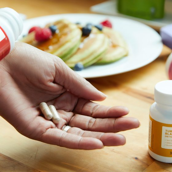 brandless wJvEIXAFUTU unsplash 560x560 - Strengthen Your Liver With Liver Supplements